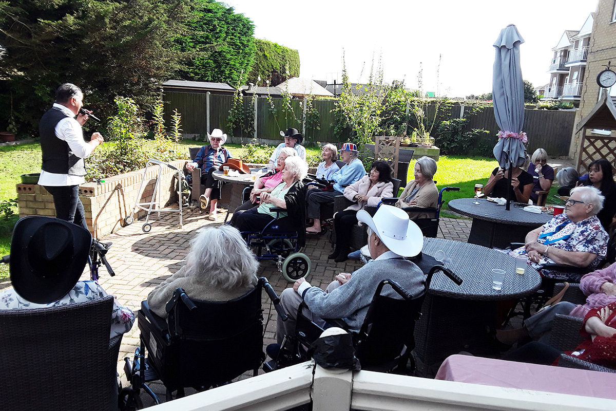 BBQ party and live music at Silverpoint Court Residential Care Home